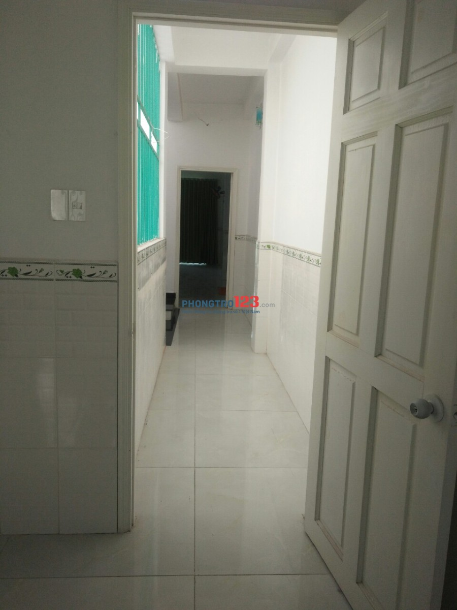 Nhà nguyên căn cho thuê- 11 phòng- Tân Bình