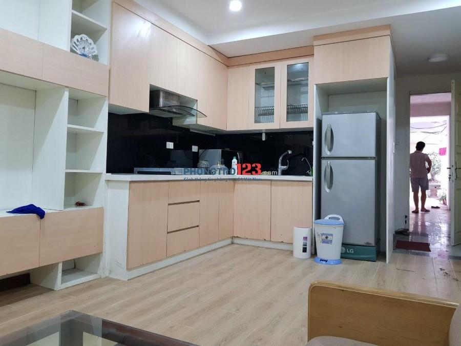 Cho thuê căn hộ full nội thất ở Ngõ 208 Nguyễn Văn Cừ, Long Biên, Hà Nội