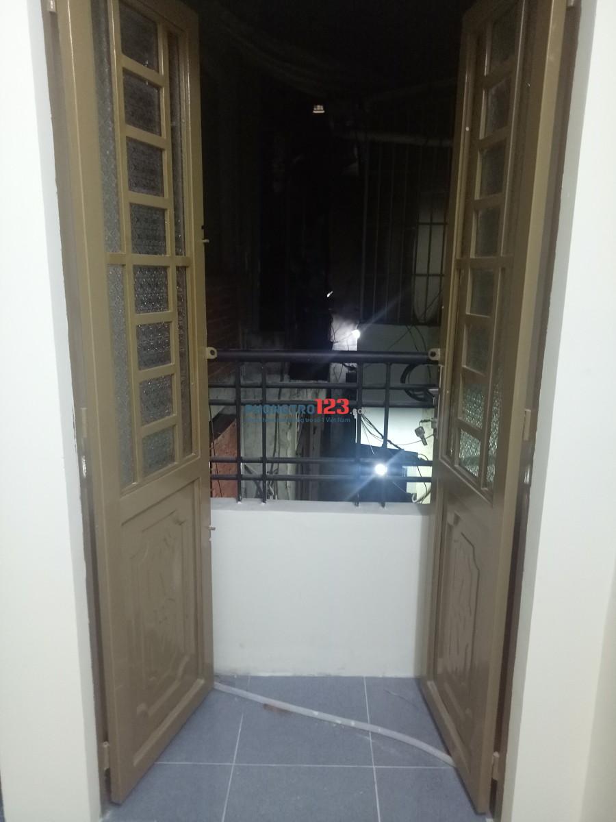 Còn 3 phòng mới xây Quận Phú Nhuận 20m toilet riêng ko chung chủ