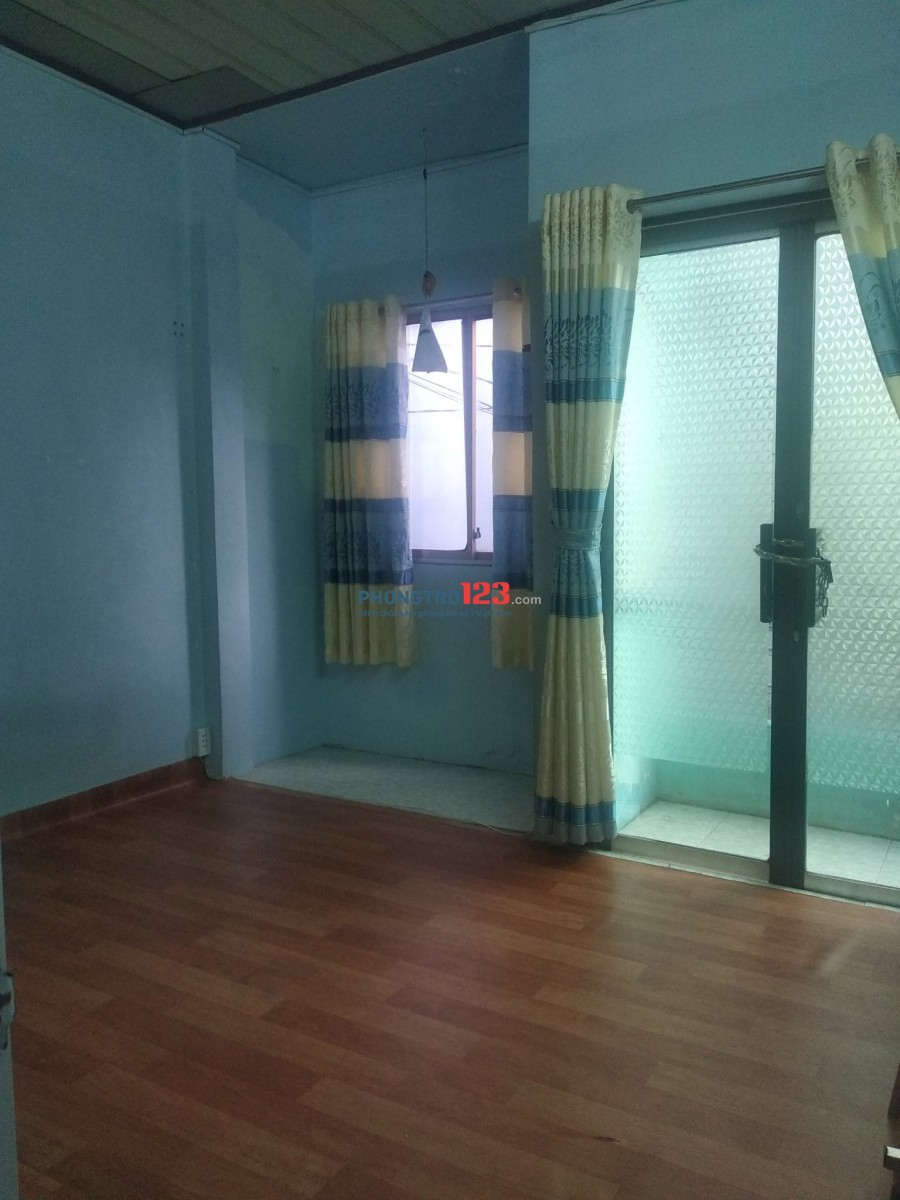 Nhà cho thuê nguyên căn hẻm 300 quận Bình Thạnh