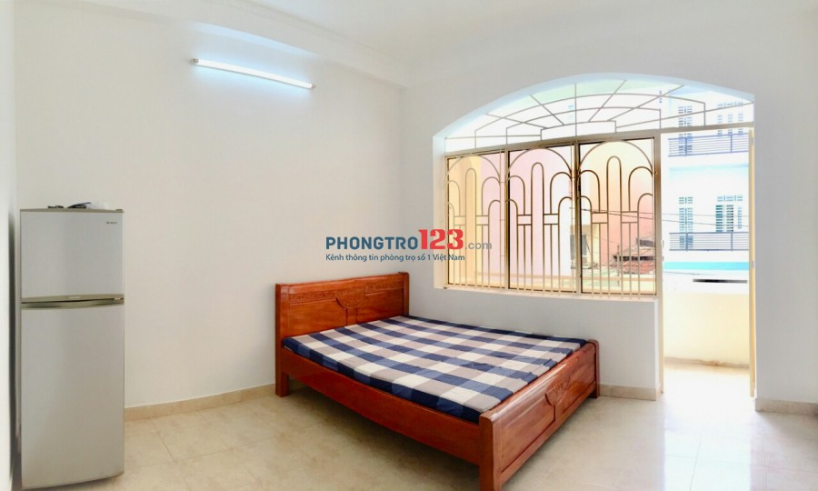 Phú Nhuận cho thuê căn hộ DV 28m2 đầy đủ nội thất, free nước, net, cáp, giờ tự do, bảo vệ 24/7