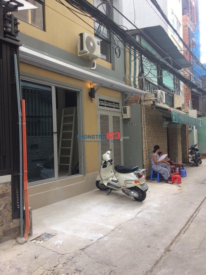 Cho thuê căn hộ cao cấp, full thất Rạch Bùng Binh, Q.3