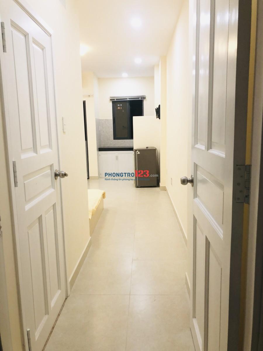 Cho thuê căn hộ studio 30m2, full nội thất, Đường Yên Thế - khu sân bay - Nhà mới xây
