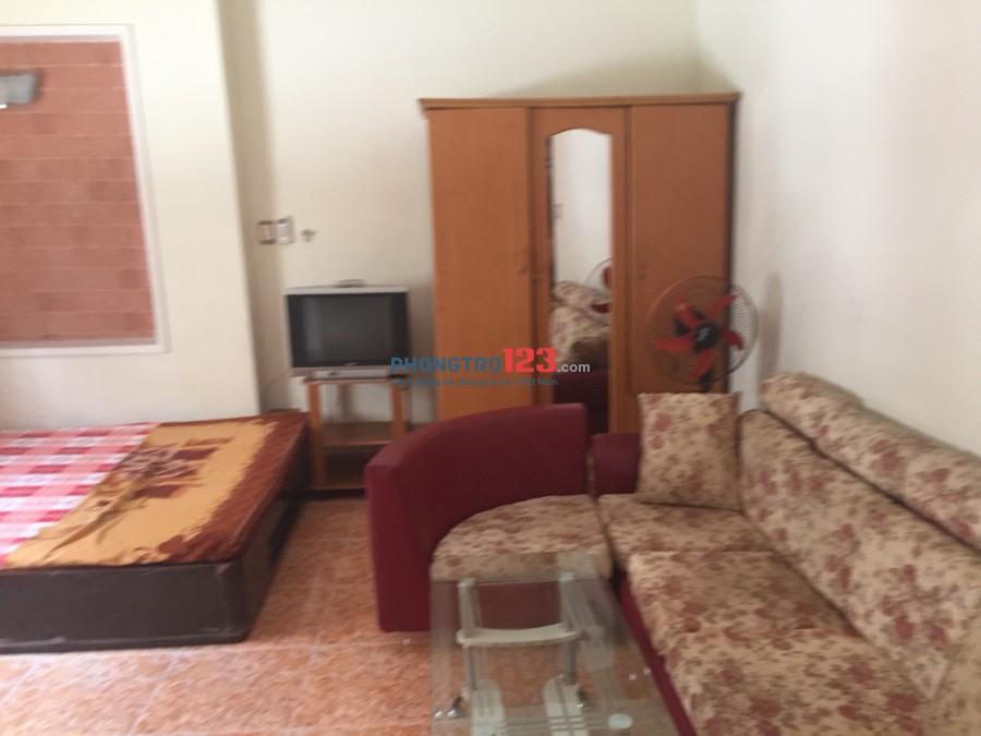 Cho thuê phòng trọ cao cấp, full nội thất, cách sân bay 300m, khu an ninh, lh 0902874489