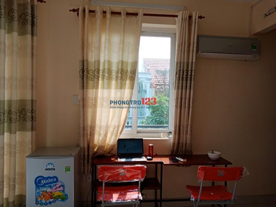 Cho thuê phòng full nội thất giá rẻ ngay nga 5 VG ban công, giờ giất tự do, free máy giặt