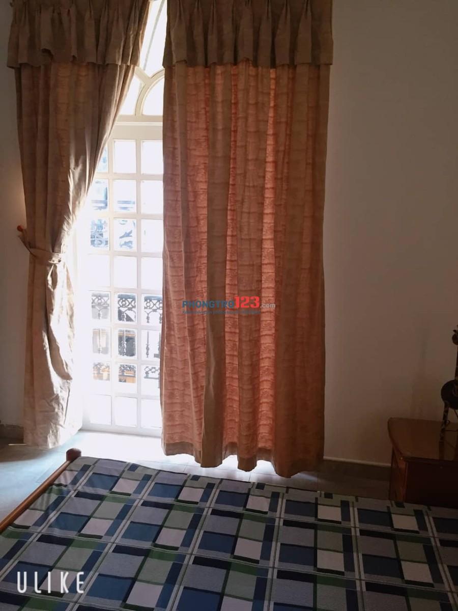 Cho thuê phòng 30m2 nội thất đầy đủ ngay sân bay