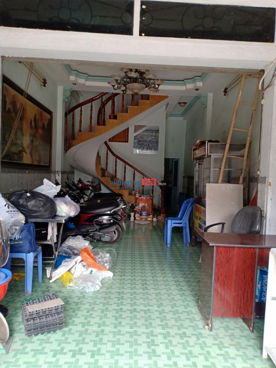 Cho thuê nhà nguyên căn gồm có 5 phòng ngủ và 3 toilet