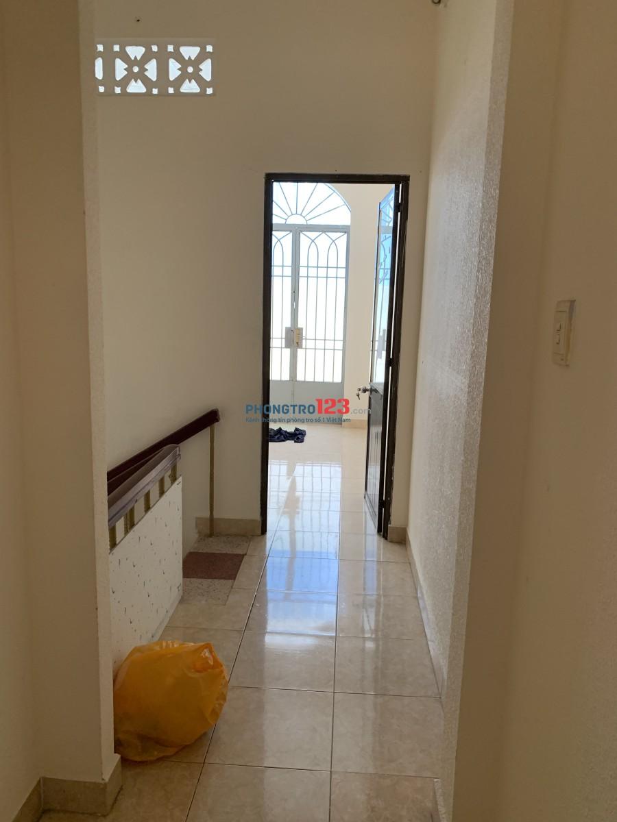Cho thuê phòng sạch đẹp mới trong nhà nguyên căn