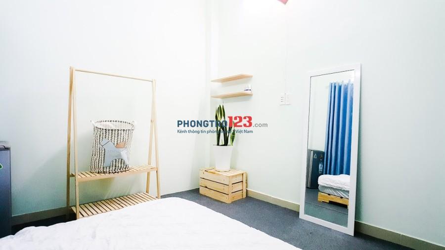 Phòng dịch vụ full nội thất ngay bờ kè Trường Sa trung tâm Phú Nhuận