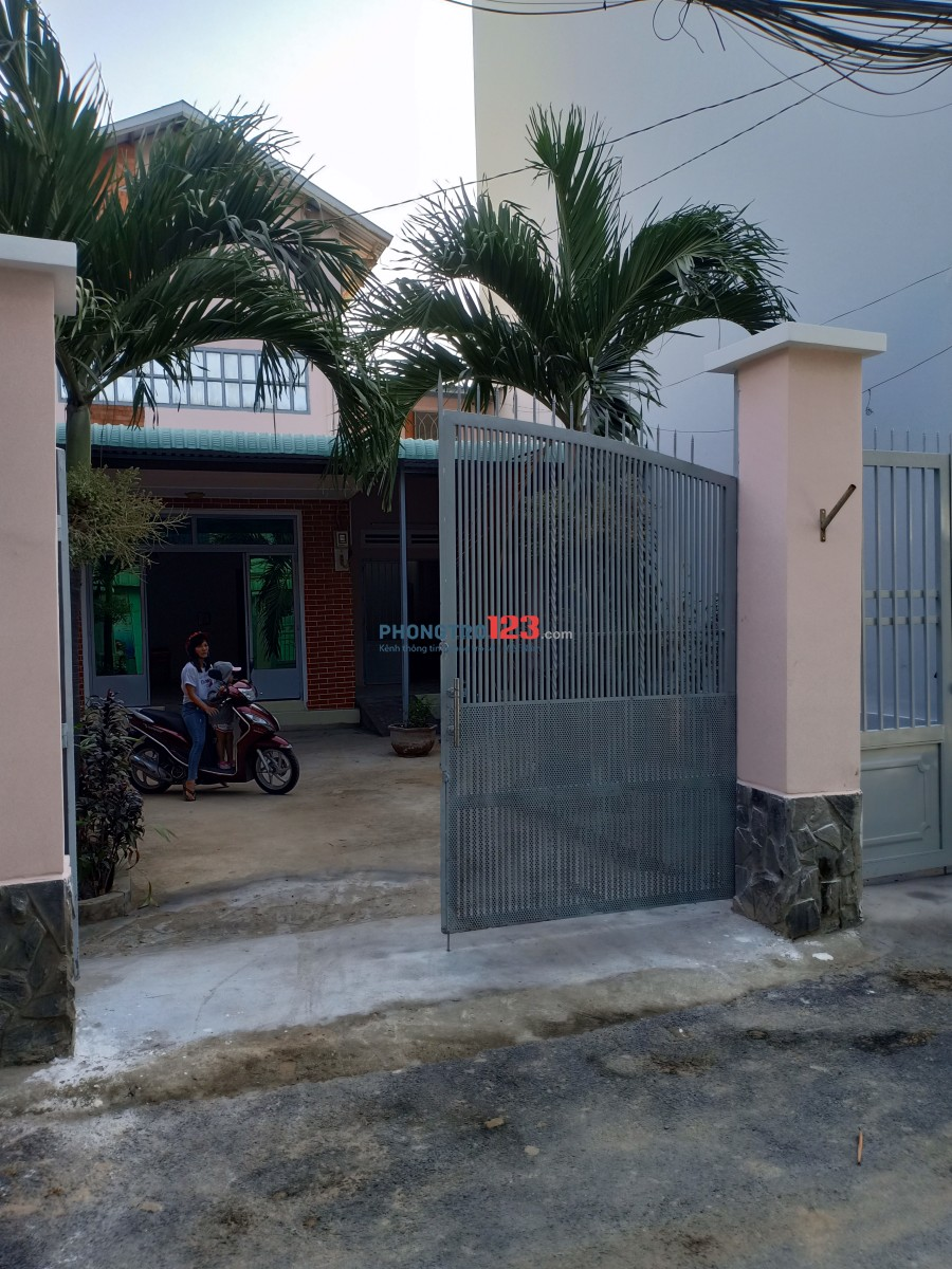 Nhà 1 lầu HXH Hà Huy Giáp Thạnh Lộc gần cầu Ba Thôn