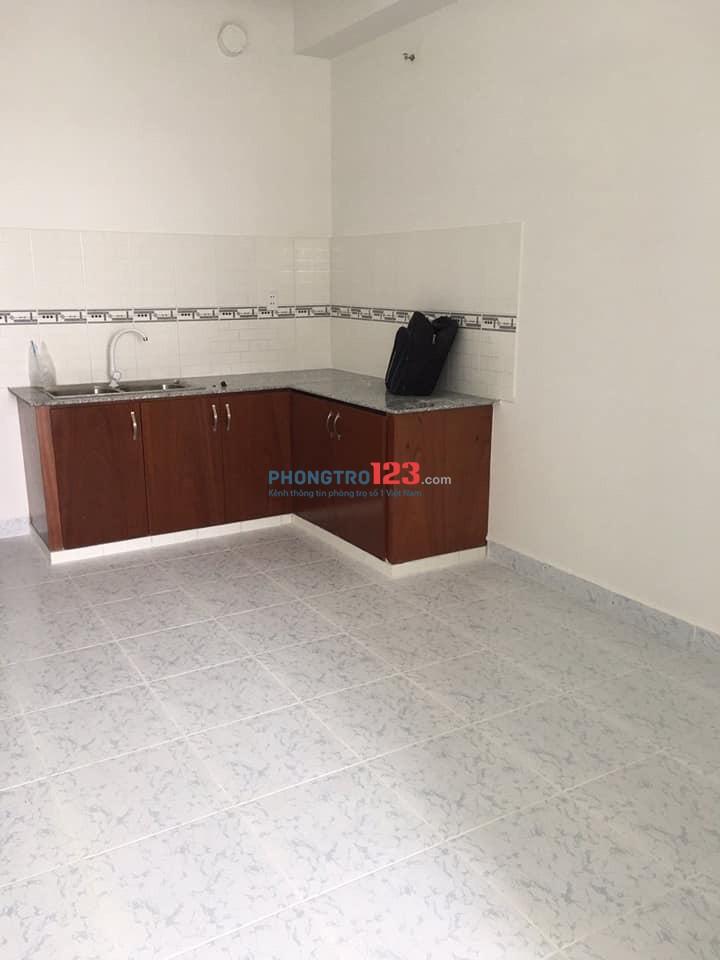 Cho thuê căn hộ 37 mét vuông Bình Tân gần chợ Bà Hom