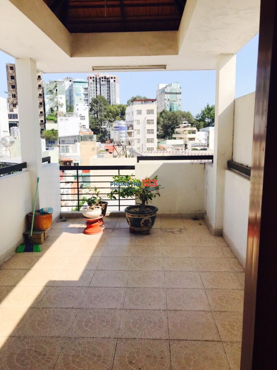 Cho thuê phòng cao cấp ngay trung tâm quận 1, nội thất sang trọng, gần chợ Bến Thành
