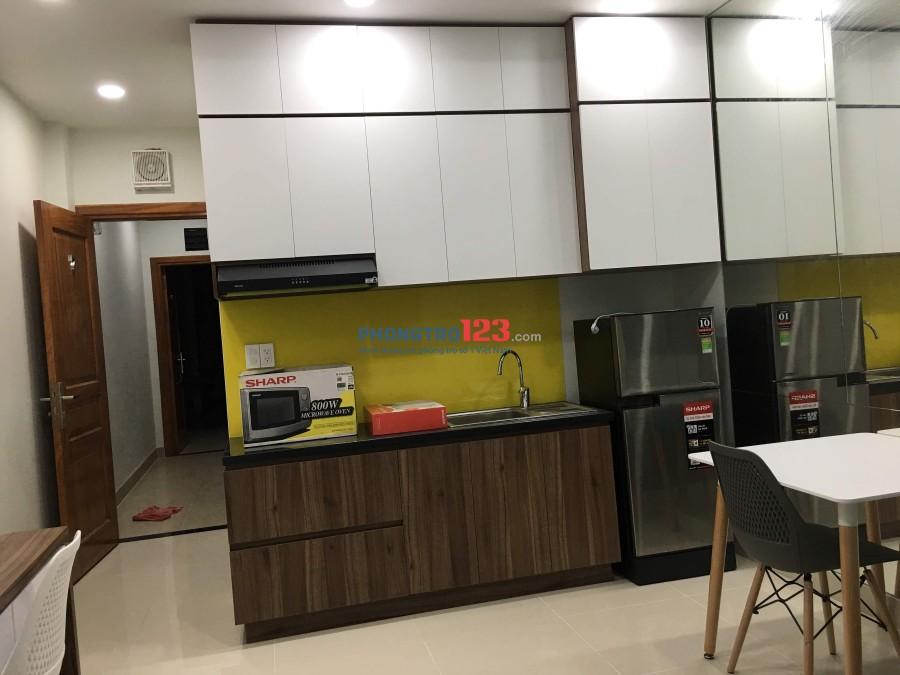 Chính chủ cho thuê phòng homestay mới xây ngay trung tâm Q.4, full nội thất, lh: A Tâm (0913611737)