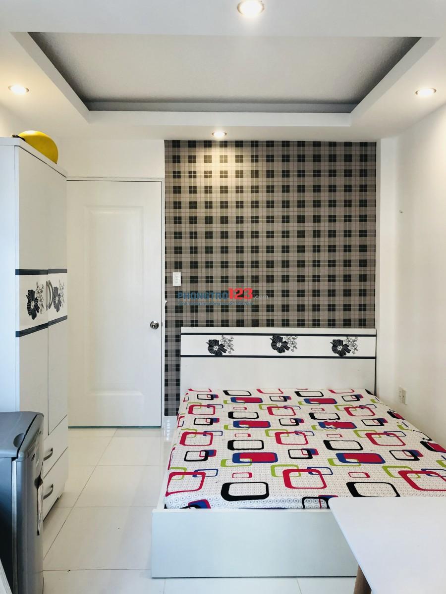 Cho thuê phòng trọ ngay trung tâm quận Phú Nhuận full nội thất