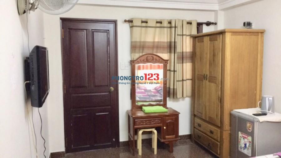 Phòng cao cấp cho thuê full nội thất và dịch vụ dọn phòng ngay trung tâm Q1