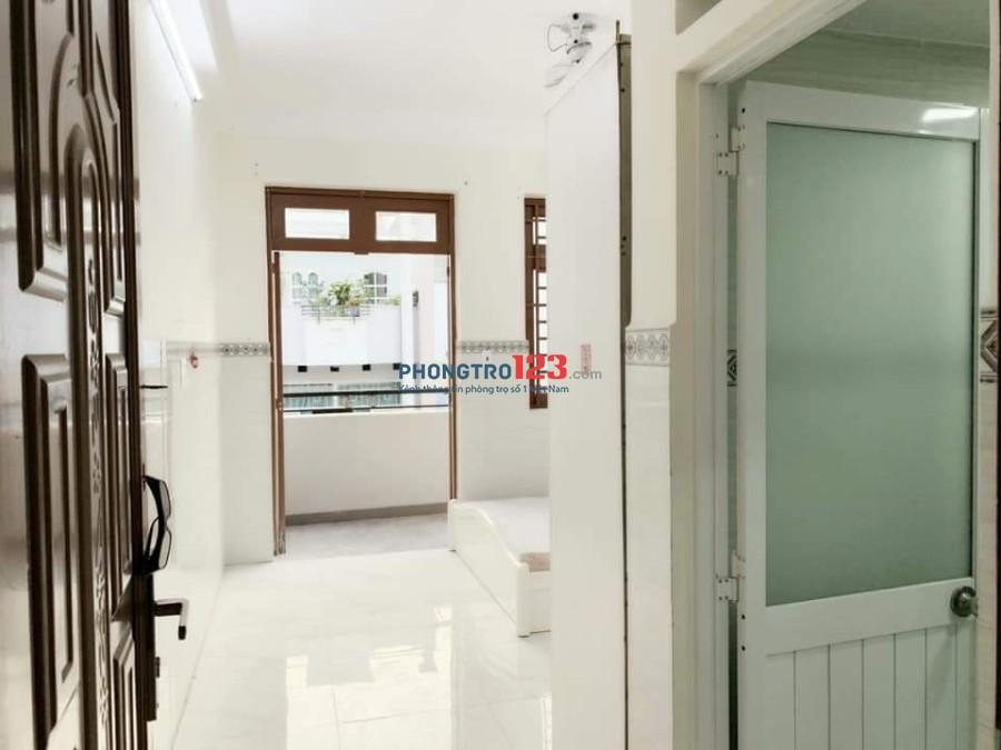 Cho thuê căn hộ mini mới xây có máy lạnh Dương Quảng Hàm, quận Gò Vấp