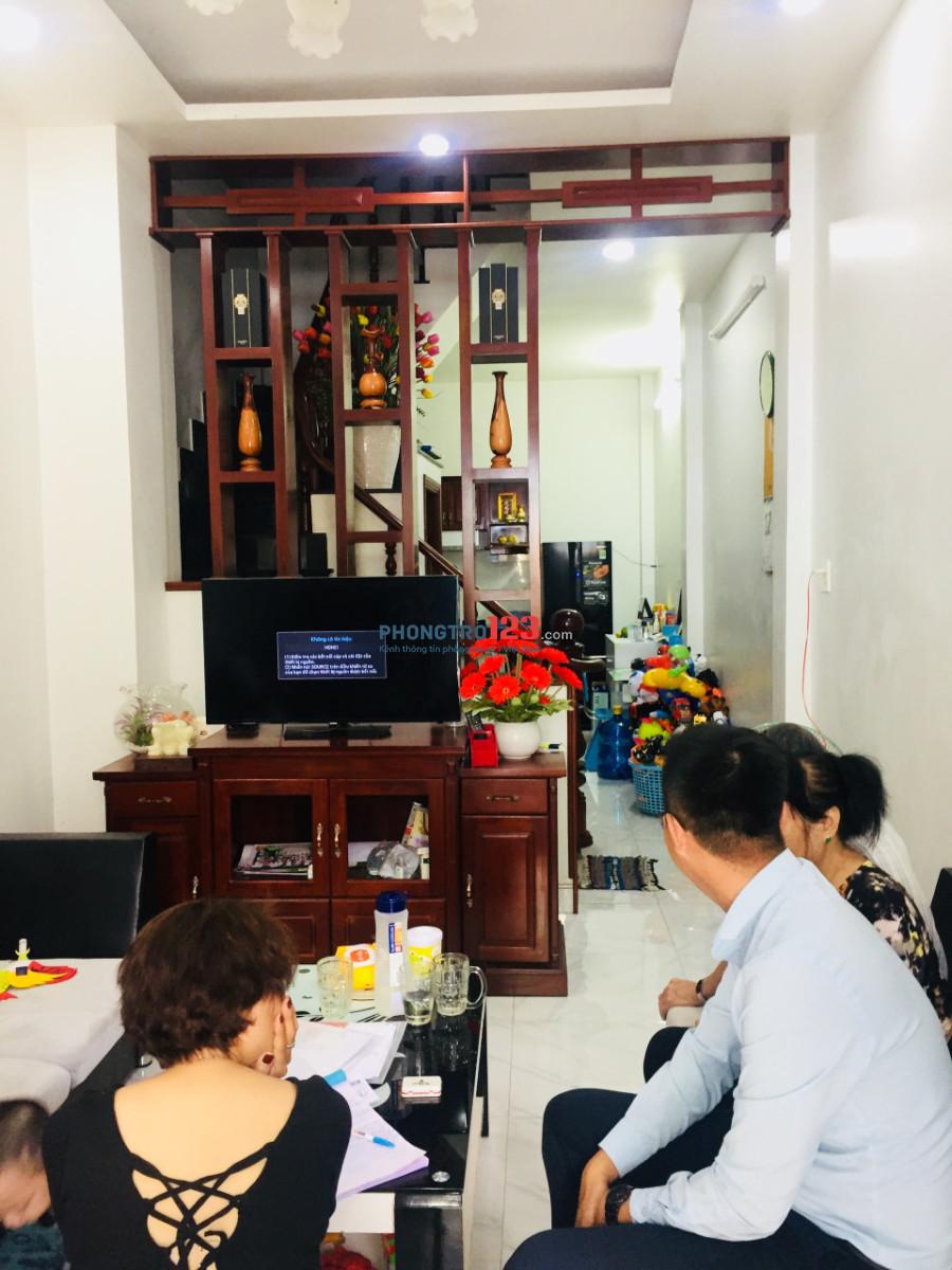 Cho thuê nhà nguyên căn đường Phan Huy Ích