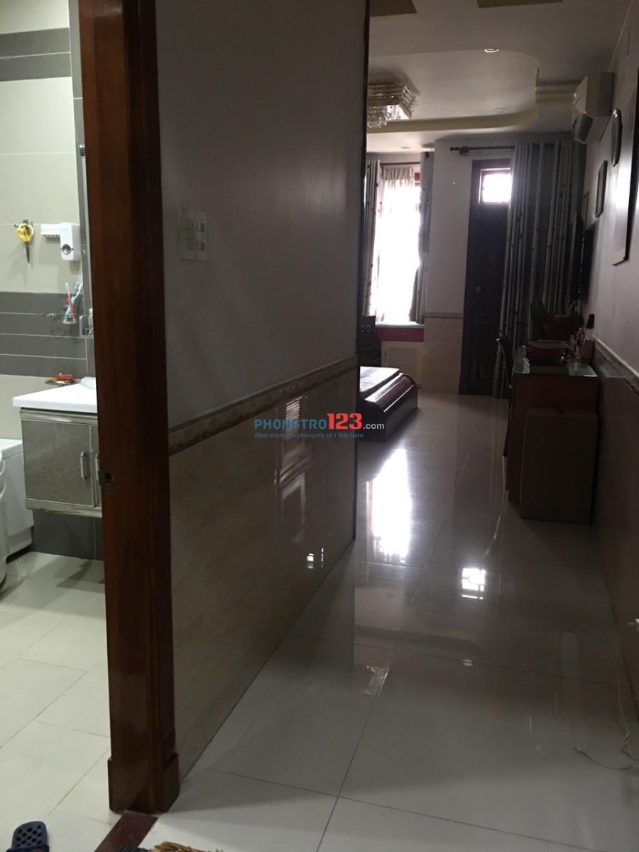 Phòng đẹp full nội thất dt từ 30m2-45m2 ngay vòng xoay Lê Đại Hành