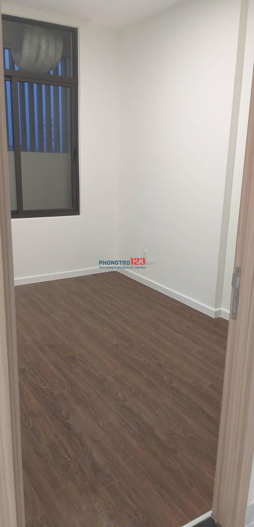 Cho nam thuê 1 phòng Master Bedroom 25m2 trong căn hộ lớn Jamila
