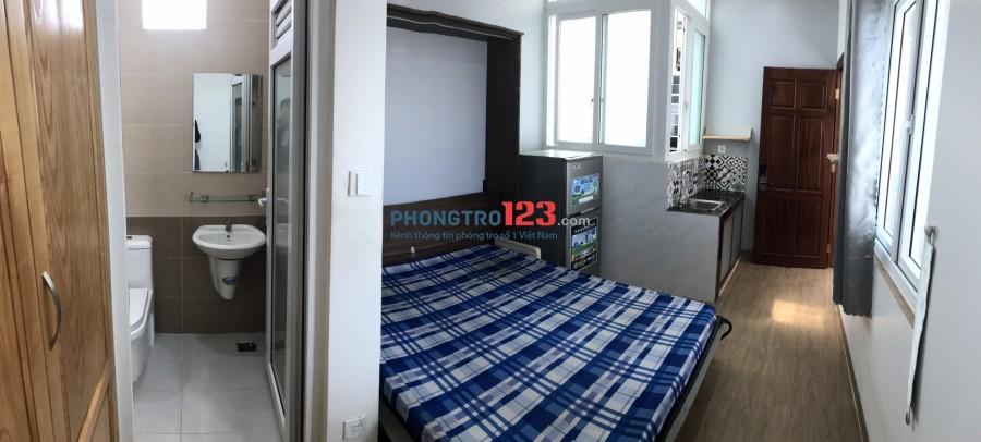Cho thuê phòng full nội thất ngay trung tâm đường Hồ Bá Kiện Q10