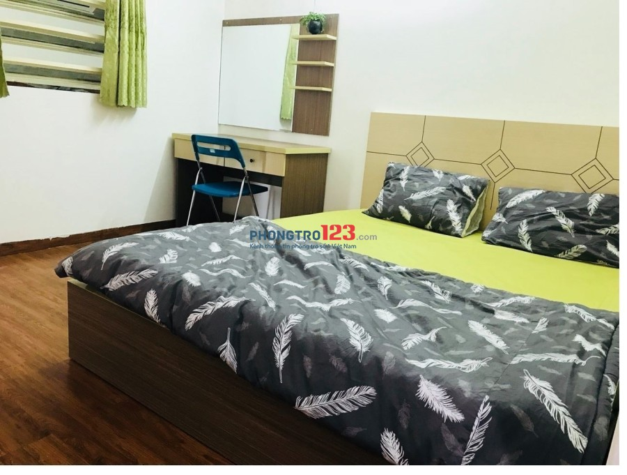 Căn hộ cho thuê CỰC RẺ full nội thất, có cửa sổ, Phạm Viết Chánh, quận 1