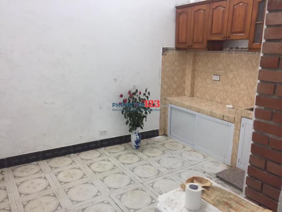 Chính chủ cho thuê phòng trọ điều hòa nóng lạnh máy giặt Ngõ Quỳnh