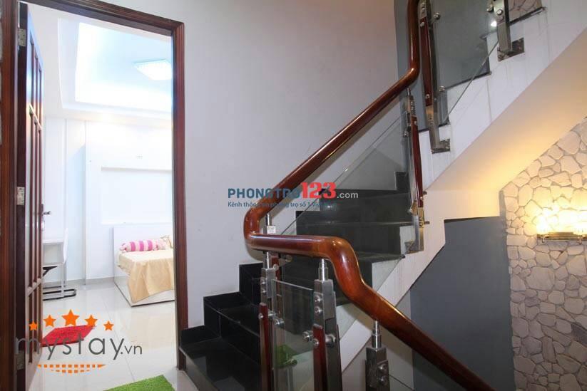 Cho thuê nguyên tầng, gồm 2 phòng ngủ, 1 wc trong tòa nhà 3 tầng giá 7.2tr