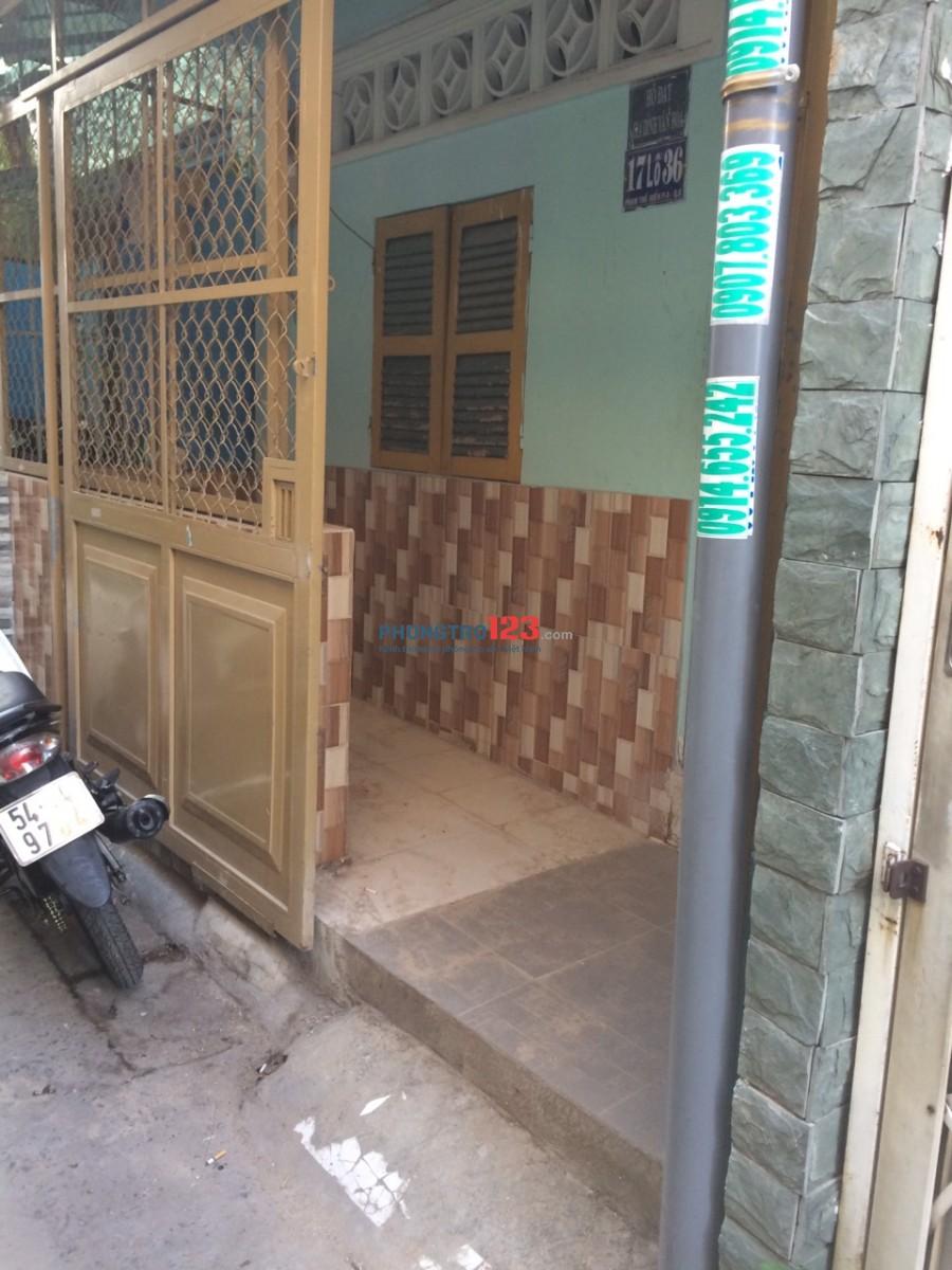 Nhà cho thuê đường Phạm Thế Hiển, gần chợ, trường học