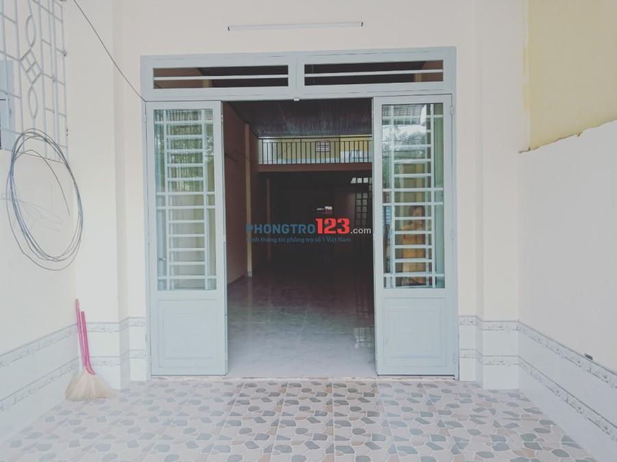 Cho thuê nhà cấp 4 mới đẹp có gác 4x24 mặt tiền Trung Mỹ Tây 5 Giá 8tr/tháng LH Ms Nghị