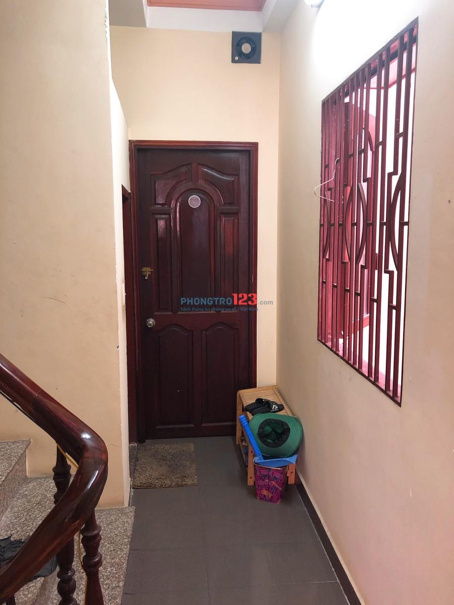 Cho thuê phòng có máy lạnh wc riêng tại Nguyễn Trãi Q5 giá 3,8tr/tháng LH Mr Huy 0964837612