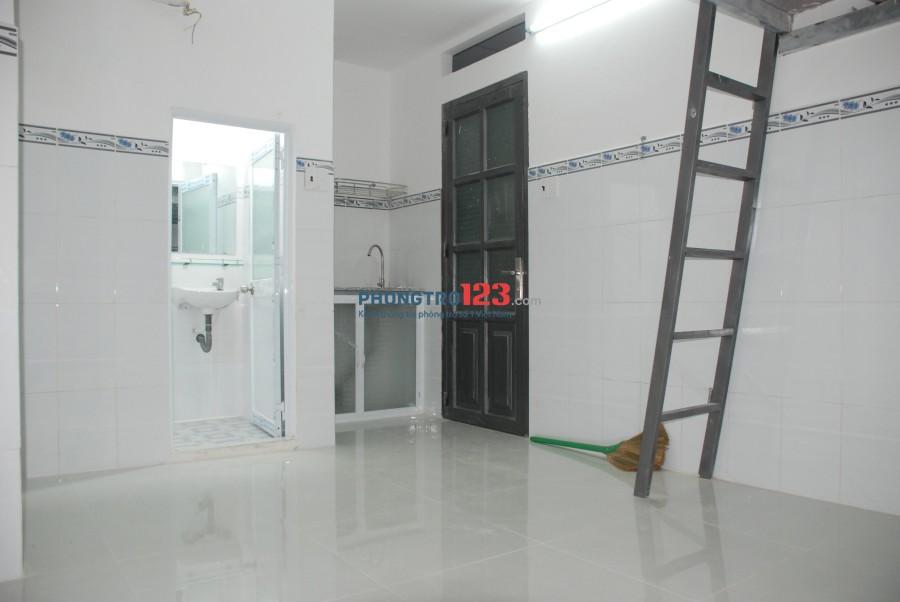phòng mới xây 49 Thân Nhân Trung 16m2 có gác