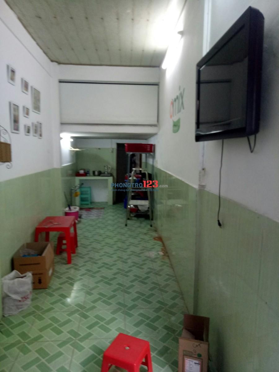 Cần tìm nữ ở ghép 1tr3/ tháng ( bao điện nước wifi) nhà nguyên căn quận 8