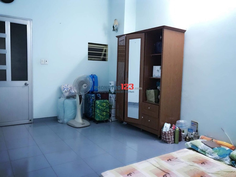 Cho nữ thuê phòng 30m2 có Wc riêng Ngay KDC Sông Giồng P.An Phú, Q.2, giá 2,5tr/tháng