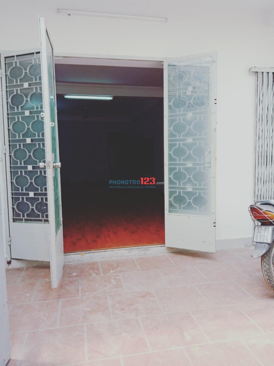 Cho thuê MB hẻm xe hơi có phòng ở lại tại Nguyễn Thái Bình, Q.Tân Bình, giá 9,5tr/tháng Ms Trang