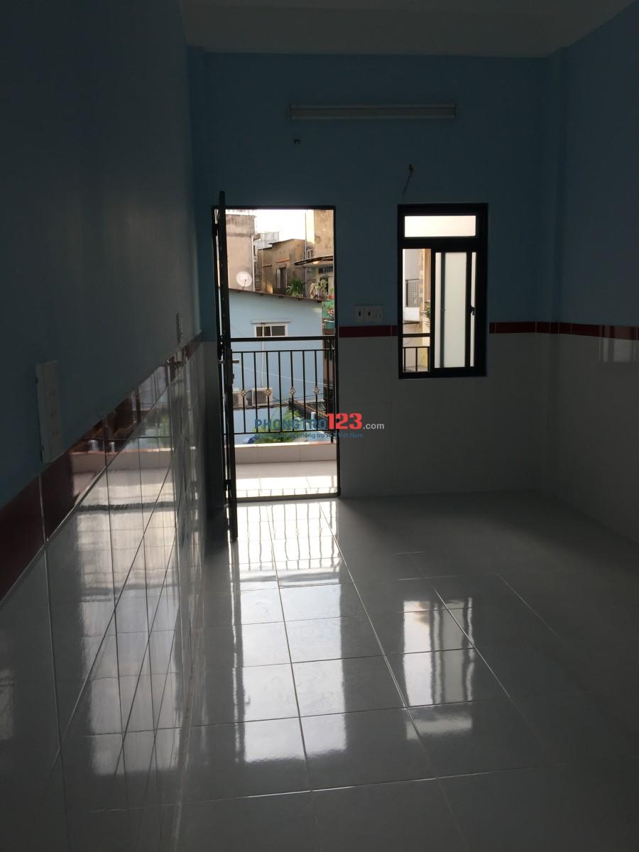 Phòng trọ mới xây, đầy đủ tiện nghi trung tâm Q.3