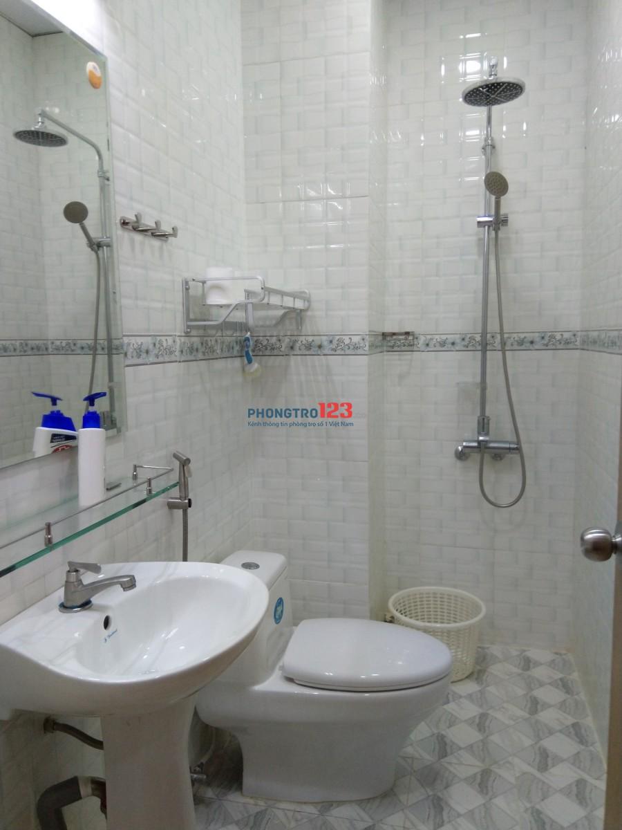 Căn hộ 26m2 đầy đủ nhất Trung tâm Q3, Gần Công viên Lê Thị Riêng được cho thuê với giá ưu đãi
