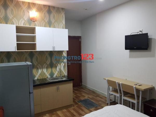 Phòng cho thuê full nội thất ngay phố Tây Bùi Viện, quận 1, giá chỉ từ 4.8 triệu