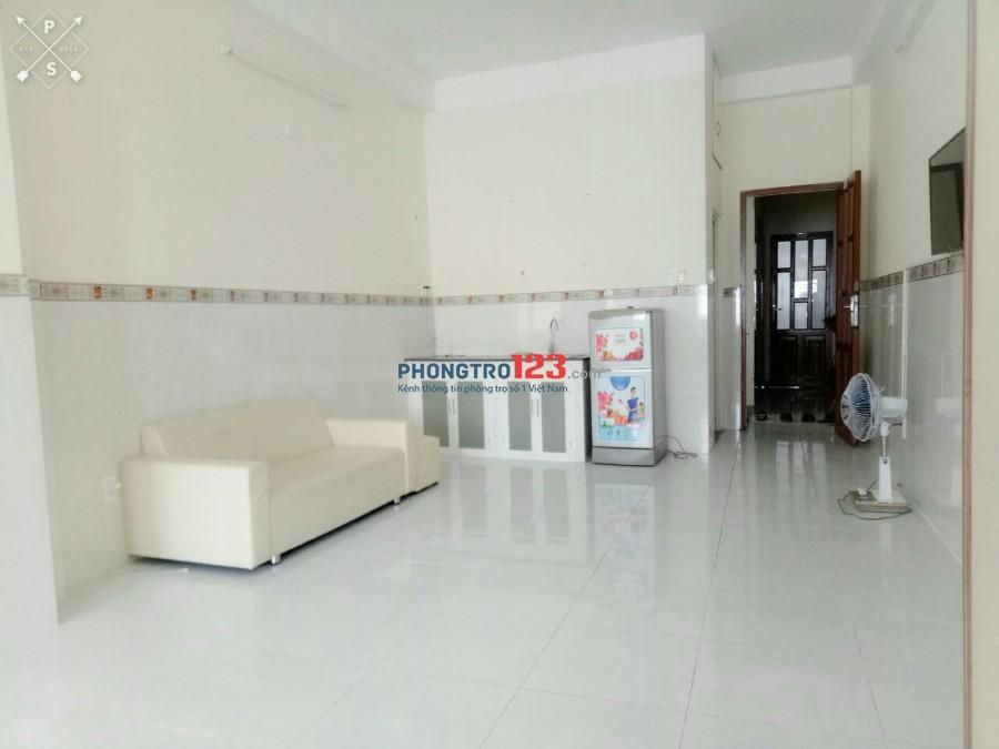 CĂN HỘ dịch vụ Phú Nhuận 60m2 trống suốt , Full nội thất, bảo vệ, thang máy, FREE nước nét cáp
