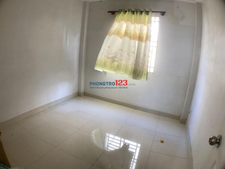 House for rent-Cho thuê nhà kề Hoa sữa khu Phan Xích Long