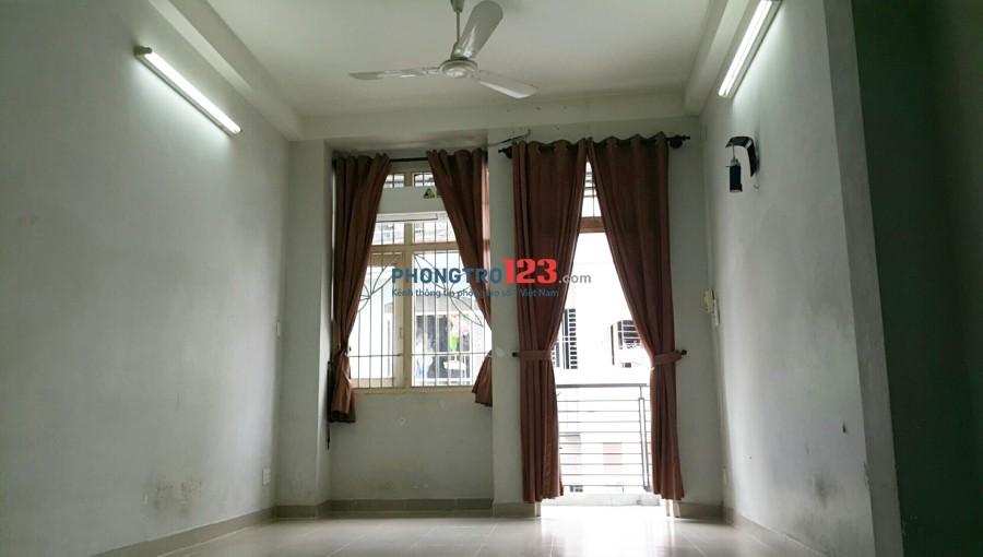 Phòng trọ cho thuê đường Thành Thái, quận 10