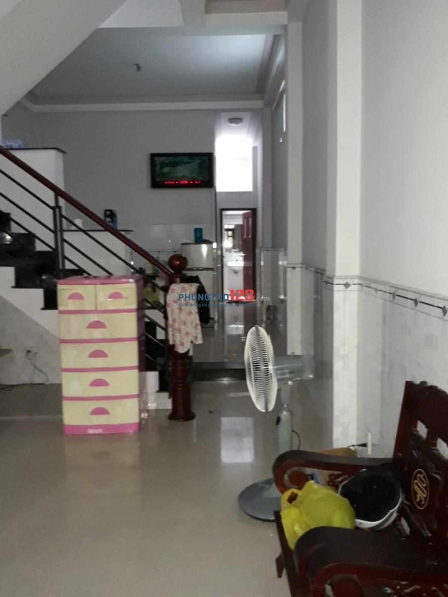 Cho thuê nhà nguyên căn 4x15,5m Đúc 2,5 tấm gần ngã Tư Cây Trâm Gò Vấp Lh Mr Khanh