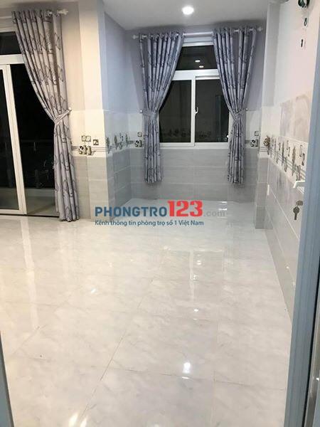 Phòng trọ Quận Phú Nhuận 30m² - 4 người ở thoải mái giá chỉ 5,5tr. LH: Ms Thảo