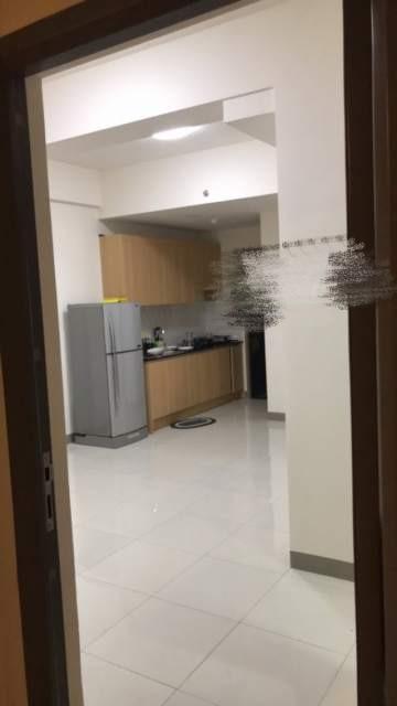 Cho thuê căn hộ SKY 9, diện tích 50m2, có 2 phòng ngủ, giá 5,5tr/tháng. LH: Mr Thanh