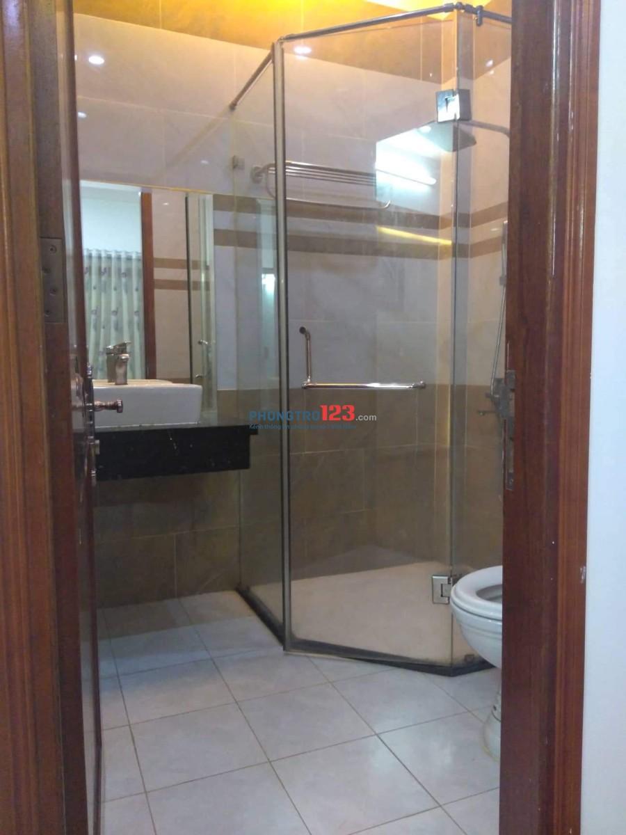 Phòng đẹp 35m2 tiện nghi, giờ thoải mái và không chung chủ