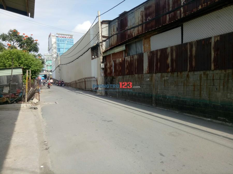 Cho thuê mặt bằng 400m2 làm kho xưởng ngay Mặt tiền QL13, Q.Thủ Đức. LH Mr Thái 0977090903