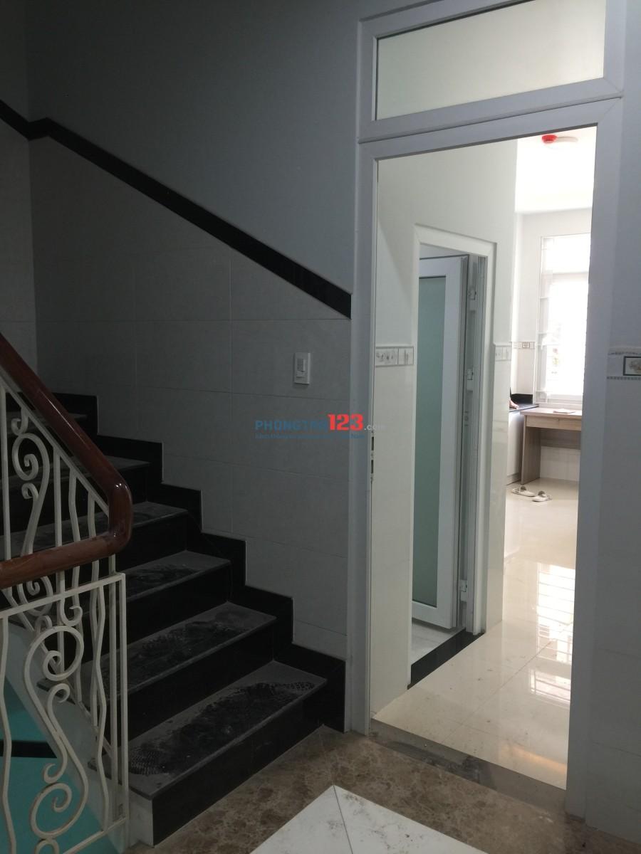 Tòa nhà mới xây cho thuê phòng trọ dạng chung cư mini
