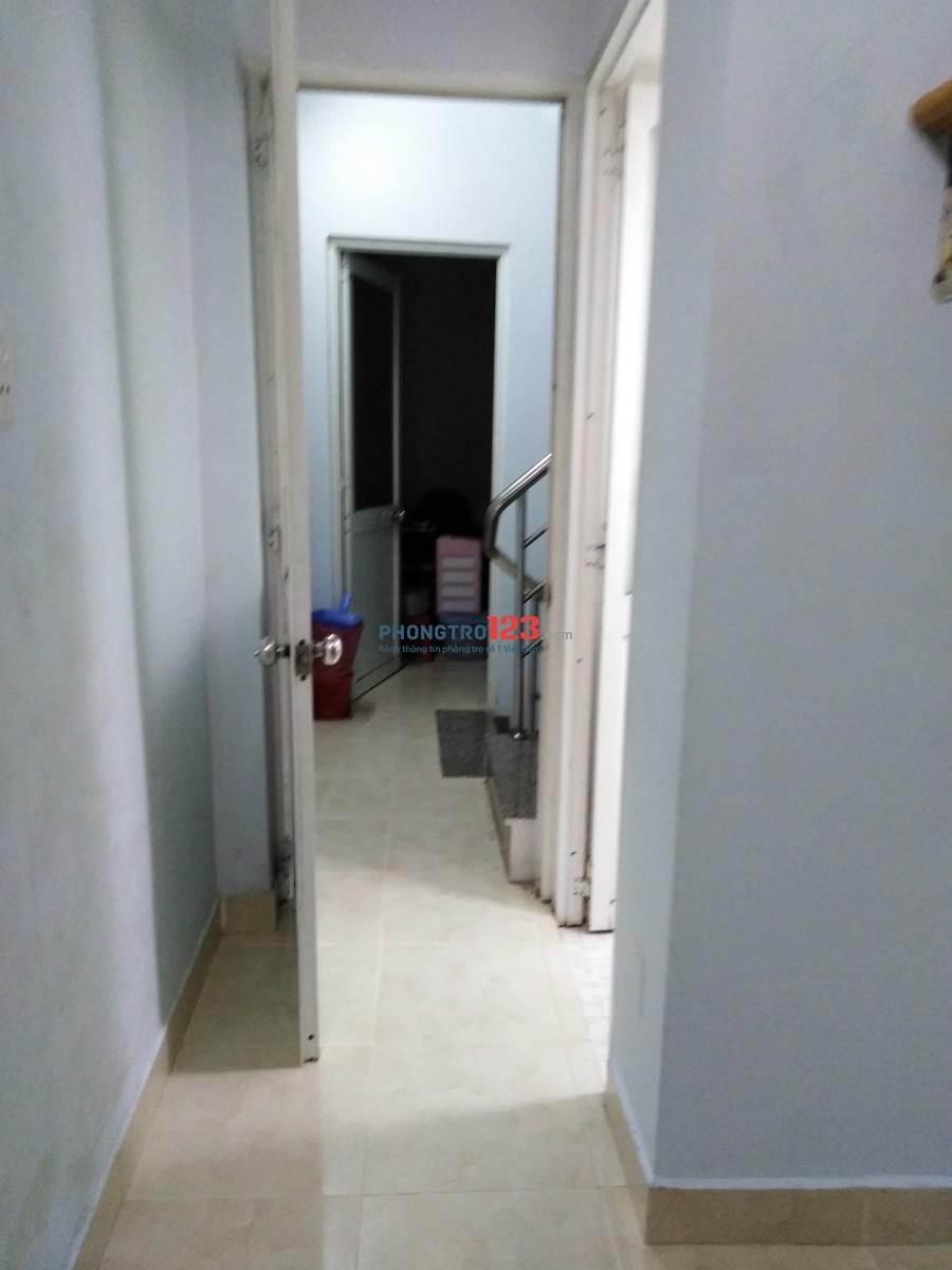 Cho thuê phòng Quận 3, gần siêu thị Aeon Cao Thắng, Điện Biên Phủ, giá 2,9 triệu bao điện, nước