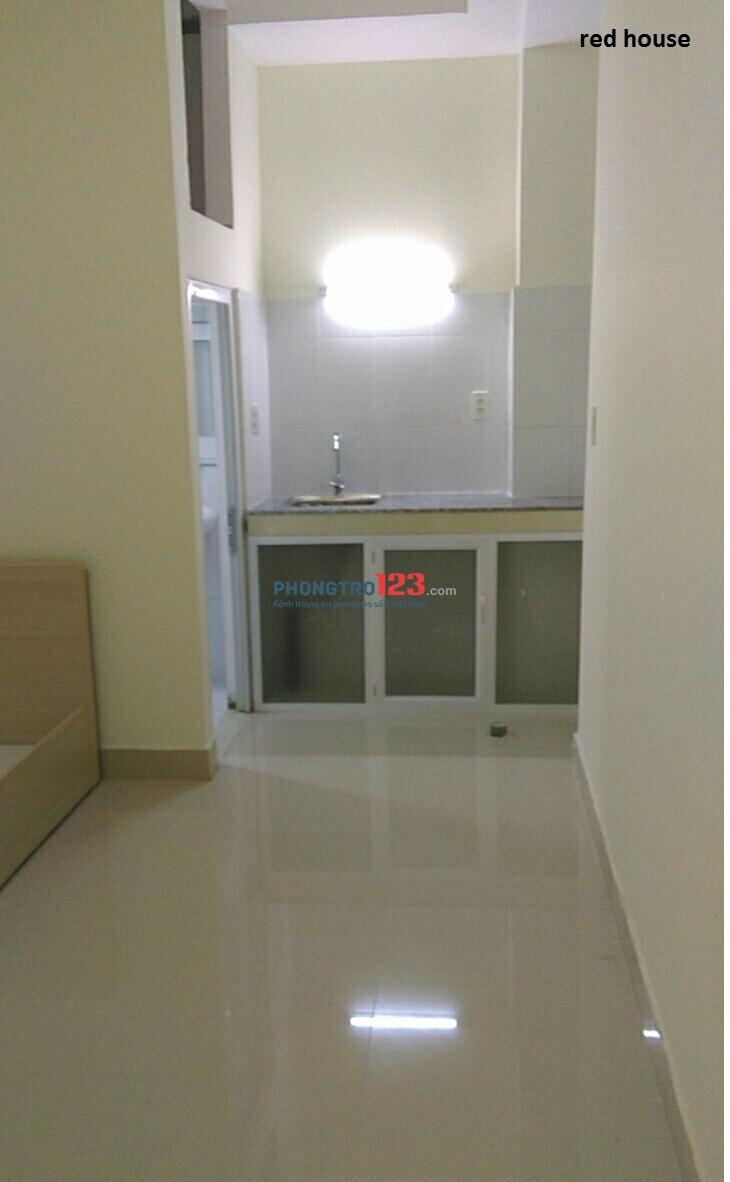 Phòng đầy đủ tiện nghi, ngay Cộng Hòa- Tân Bình, giá chỉ 3,9tr