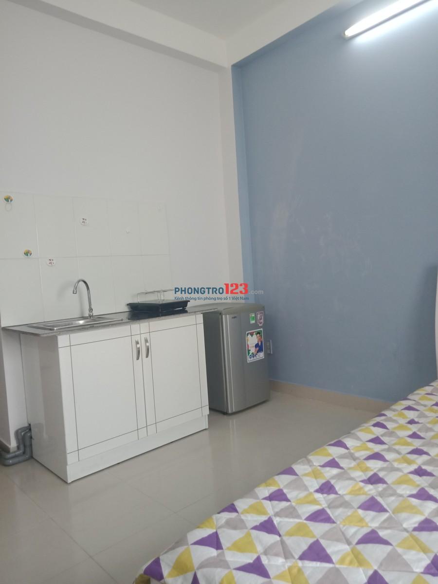 Cho thuê phòng full nội thất đường CMT8 - Q.3, giờ giấc tự do không chung chủ, giá chỉ 5tr5/phòng