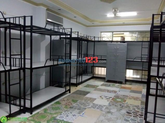 Cho thuê kí túc xá 700k/tháng trọn gói ở Bạch Đằng, Bình Thạnh